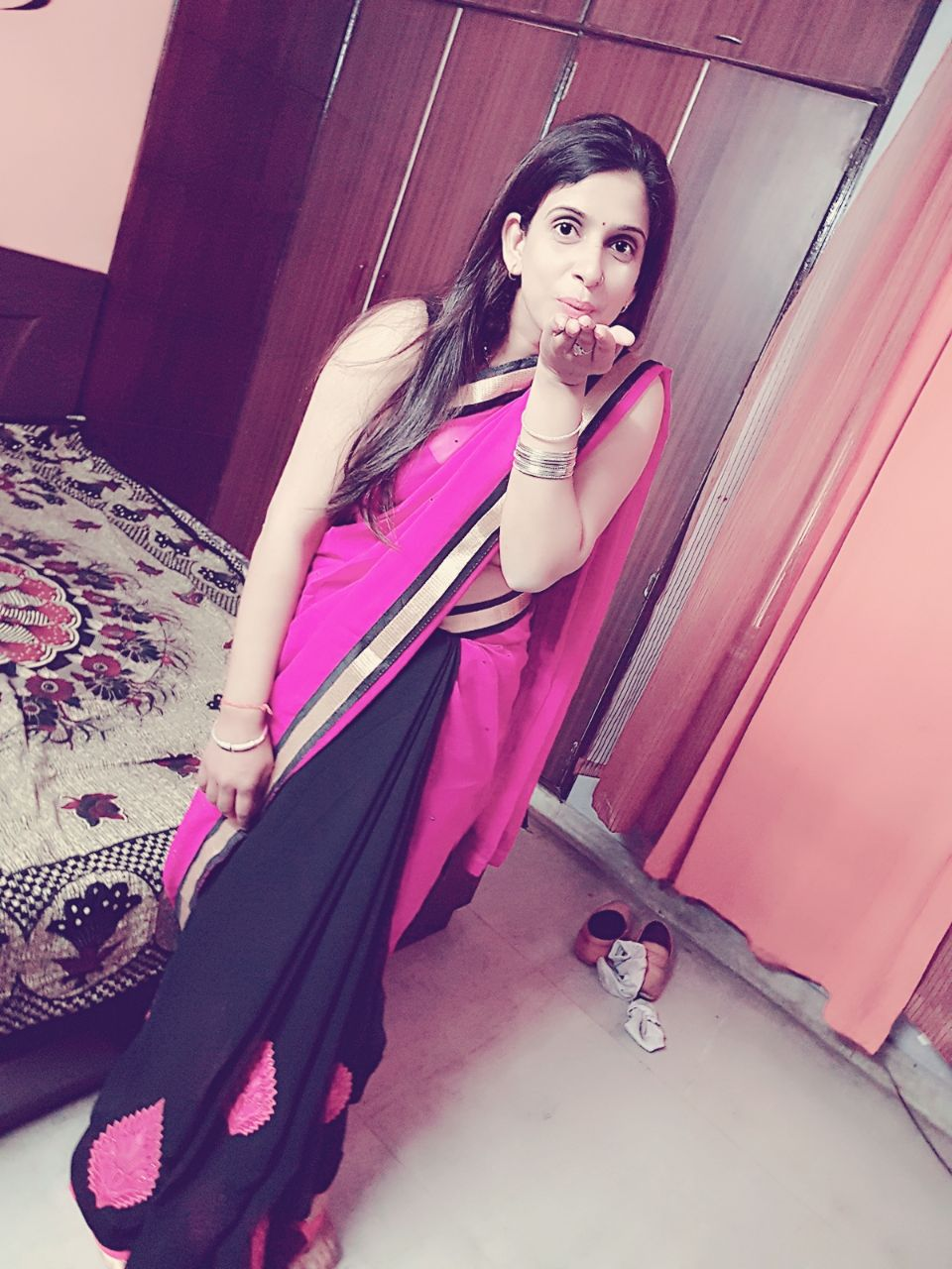 Desiring to have hottest Escorts Girls from India to you on demand. – parigirls.com