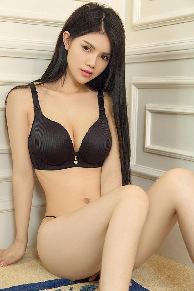 I am committed to offering professional and innovative India escorts service – parigirls.com
